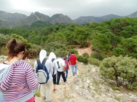 trekking-to-juanar